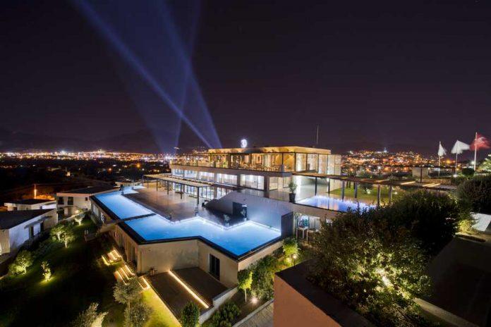 The Club Restaurant / Ramada Resort Bodrum