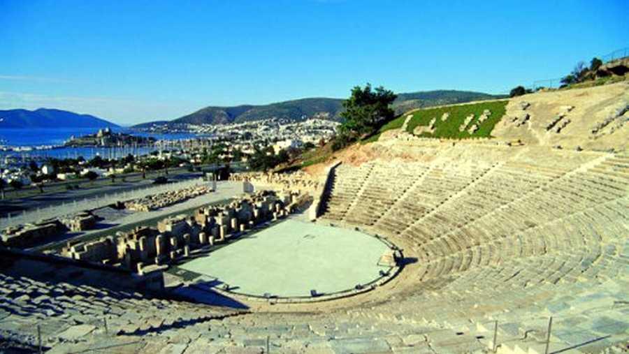Bodrum-Antik-Tiyatro