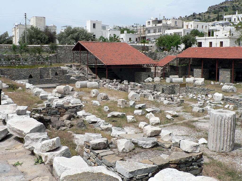 Bugün Bodrum'da durduğu hali ile mozolenin kalıntıları